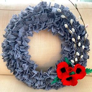 HAND CRAFTED | Felt Remembrance Day door wreath